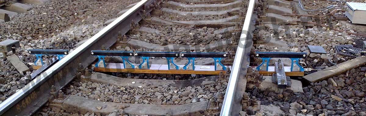 Устройство контроля схода подвижного состава (УКСПС-У1)